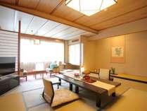 【和室12.5畳/40平米】スタンダードの客室とは思えない、和の愉しみを随所に感じる広々とした空間