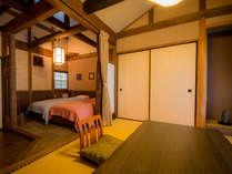 ツインベットのある和室