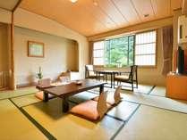 【和室10畳+広縁】当館のスタンダードルーム