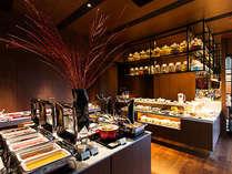 和洋各種を取りそろえた豊富なメニューが人気の高い朝食バイキング料理