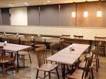 ≪朝食会場≫朝6:30オープンです。