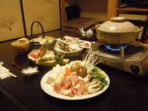 駿河軍鶏鍋のお料理一例