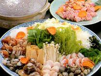 貝の旨味と柔らか鶏肉が絶妙!大山鶏と日本貝スープ鍋