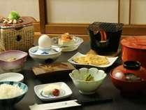 夕食はお好きな処で♪素朴な和朝食付プラン