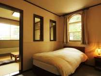 【和洋室】高原の爽やかな朝をお迎えください。