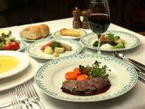 秋冬のお料理一例。鉄分豊富で脂肪分の少ないエゾシカ料理は女性にオススメ!