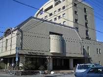 豊岡の中心部に位置するビジネスホテル