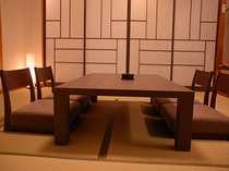 人気のデザイナーズ和室。お部屋のいたるところに、斬新なデザインを感じることができます。