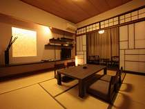 【モダン和室】広さは8畳。和の風情あふれる落ち着きのある客室です。
