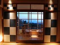 一室のみ【足湯付きモダン和室】桜島を眺めながら足湯をお楽しみいただけます。霧島地区では当館のみ。