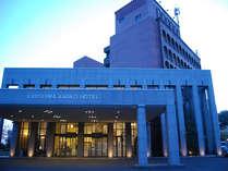 霧島観光ホテル中央館正面ロビー入り口