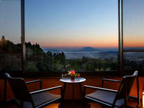 【デラックスツイン】夕焼けに染まる桜島の景色は一見の価値ありです。