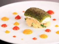 【魚料理/夕食一例】思わず写真で撮りたくなるほど美しい1品