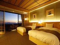 最上階のお部屋で、快晴時には「桜島」を一望できる「絶景客室」です。