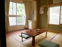 【客室例】山側のお部屋(6畳和室・WC付例)