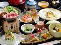 【夕食】地場産の野菜やお肉を使う夕食献立(例)できるだけ「できたて」をお客さまへ