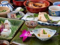 *夕食 季節や素材に合わせた料理をご提供致します。