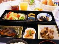 【夏得プラン/お部屋数限定】◎人気の朝食が無料!