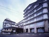 ホテル松本楼全景