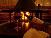 ホテルレストラン暖炉。冬のぬくもりを感じてみてください