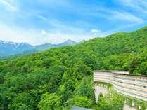 標高1000m!雄大な自然と豊かな緑に囲まれた山岳リゾート♪