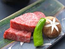 【日本海と信州の恵み会席】和牛を石焼きでお召し上がりいただきます。