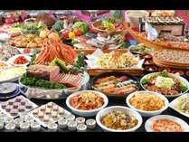 ディナーバイキング。お寿司や、揚げたて天婦羅、蟹も食べ放題。安曇野ならではのメニューもたくさん♪