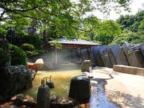 緑水亭ならでは!緑いっぱいの露天風呂♪