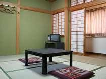 客室一例。全室和室