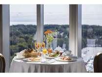 ゆったりと景色を見ながら朝食を♪