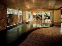室生の湯。7つの源泉からすべて源泉かけ流し天然温泉24時間ご入浴ください