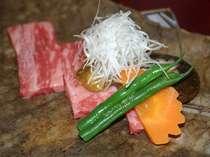 和牛の朴葉焼き。味噌が絶品!!