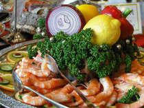 四万源泉バイキングは新鮮ヘルシー野菜からローストビーフやブランド食材を使ったお料理まで♪