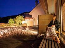 清山館客室一例 お庭に臨む部屋