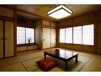 和室のお部屋。ゆっくりお寛ぎください