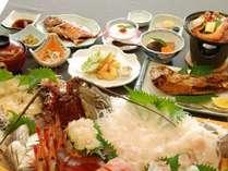 新鮮な海の幸と自家米を使った手作り夕食 ※一例
