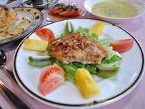 【夕食】黒部の豚肉を使ったお肉料理です
