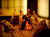 囲炉裏の鮎とでこまわし