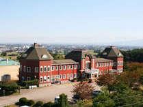 【外観】ルネッサンス様式の東京駅をモデルとした外観☆