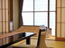 【茶寮庵】冬は掘りごたつ付き♪■雅の間 12.5畳+6畳(掘り炬燵)+2畳(仕度部屋)+3畳(踏込み)
