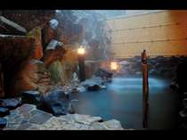 【大浴場】木漏れ日の湯【内湯併設女性用露天風呂】