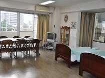 ワンルームタイプの間取りのお部屋 広々48�u♪6名様まで泊まれます。