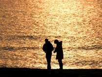 空も海も黄金に包まれるひととき,京都府,夕日ヶ浦温泉 夕日浪漫 一望館