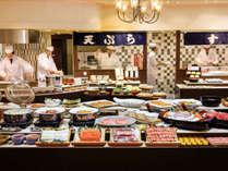【旬を味わうディナーバイキング】約60種100品目が食べ放題!出来立てが食べられるバイキング★