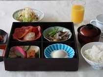 朝ご飯は、美味しい地元の「岩船産コシヒカリ」で♪≪1泊朝食付き≫プラン