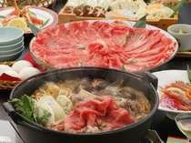 【夕食】鳥取牛のすきやき会席。なんと一人150gも鳥取牛を使用している。お肉好きにおすすめ♪