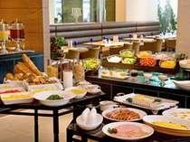 和洋ブッフェが楽しめるパーゴラの朝食