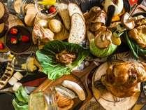 *【夕食】名物ビア缶チキン&シェフのテーブルコーディネート付BBQ
