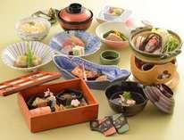 夕食はレストラン「京料理 花ごころ」の会席料理(季節により内容が変わります)