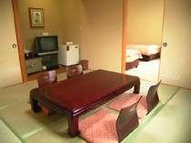 和洋室の一例(バス、トイレ付き)